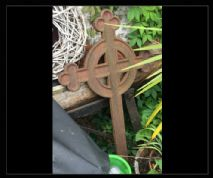 Metal Cross Prop